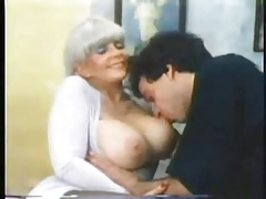Vintage Mature Huge Boogs rec is fucked by young bull