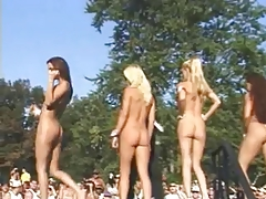 CMNF Nudes A Poppin Trip To Water Games