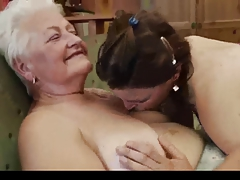 Granny Teaching How to be Lesbian 2
