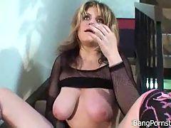 Busty Tyla Masturbating