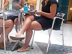 Thick Legs In Public