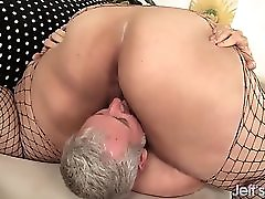 Big Fatty Gets Fucked And Her Ass Ate
