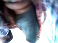 Tamil Marvadi Aunty Showing Her Boobs In Bus