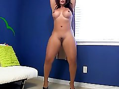 Big Ass Naked Dancing