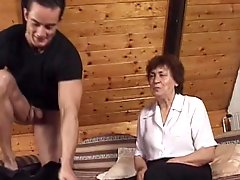 Chunky Mature Lady Gets Fucked On A Couch