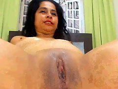 Latina MILF Open Pussy Wide And Squirt And Fuck Part2