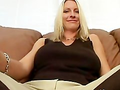 Hot Milf Emma Starr
