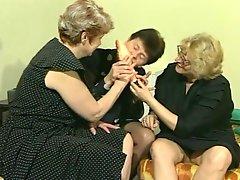 3 Grannies 1 Dildo