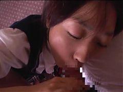 Young Japanese Girl Sucks For Nice Facial