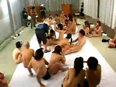 Orgy in an asian sex club in Japan
