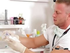 Blondie Gets Her Body Examined By Doctor